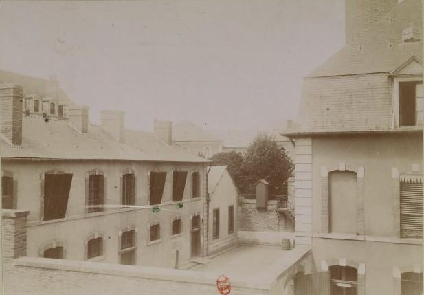 Image - La prison militaire