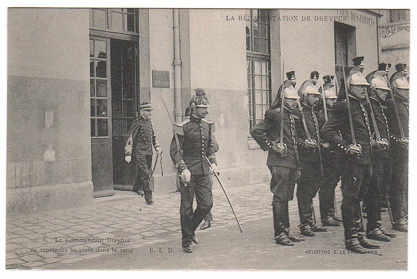 Image - Le Commandant Dreyfus reprend sa place dans le rang