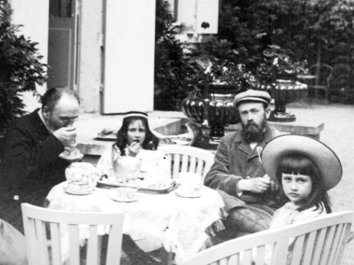 Image - L'heure du thé à Verneuil, avec Triouleyre