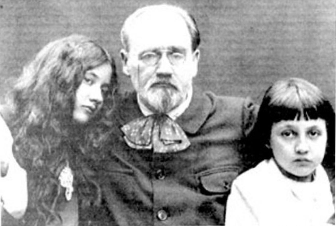 Image - Emile Zola et ses enfants, Denise et Jacques