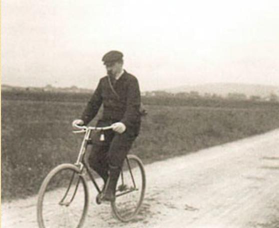 Image - Zola à vélo, près de Médan