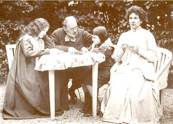 Image - Emile Zola, Jeanne et les enfants dans le jardin de Verneuil