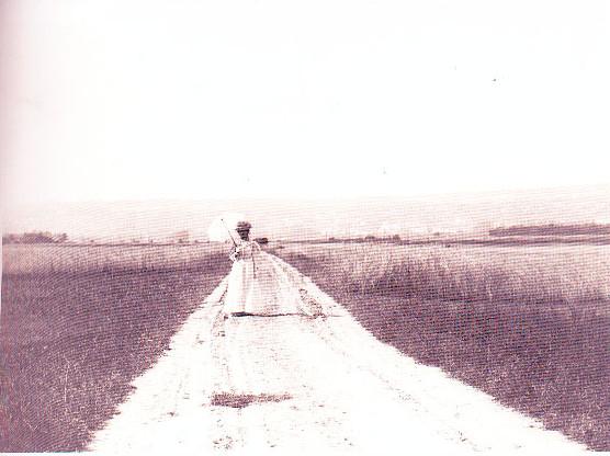 Image - Jeanne venant à la rencontre de Zola, sur la route de Verneuil