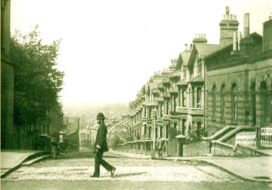 Image - Aux environs du Crystal Palace, à Londres