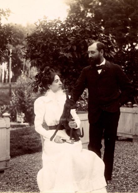 Image - Le docteur Larat et son épouse