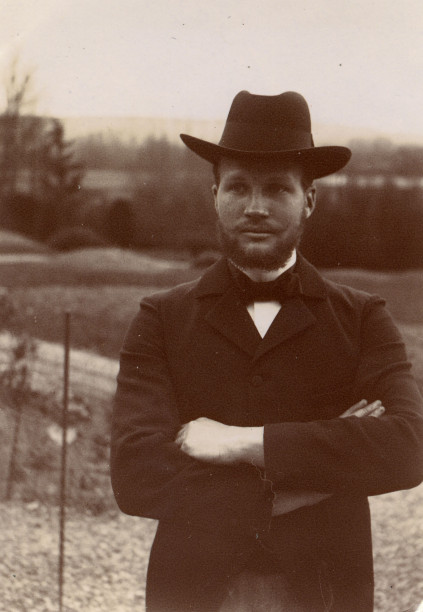 Image - Albert Laborde au chapeau