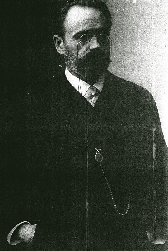 Image - Emile Zola, mains dans les poches