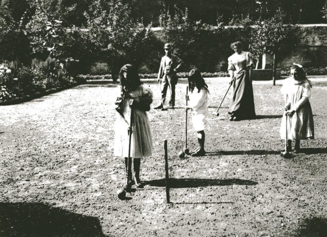 Image - Jeux des enfants avec les Triouleyre